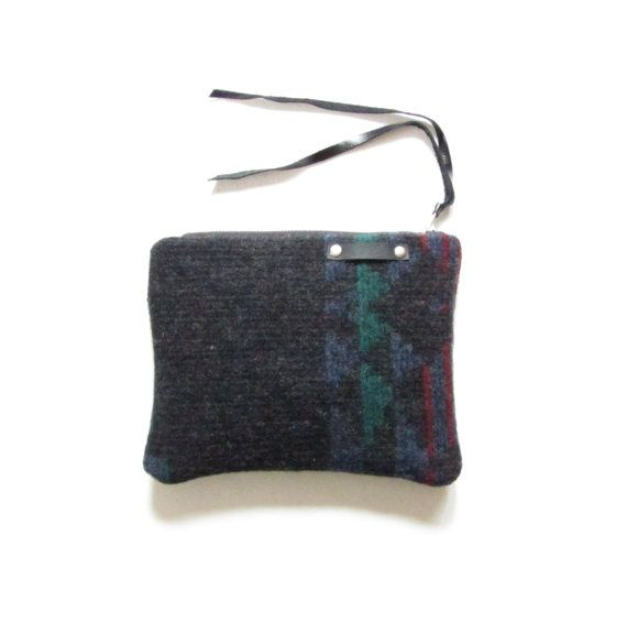 Navajo print wool bag // Recycled wool bag // by LokaStudio