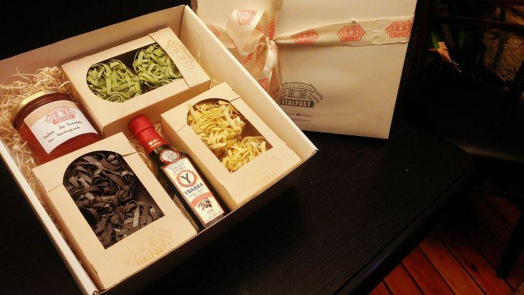 Gift Box Pasta - pasta, aceite y salsa casera