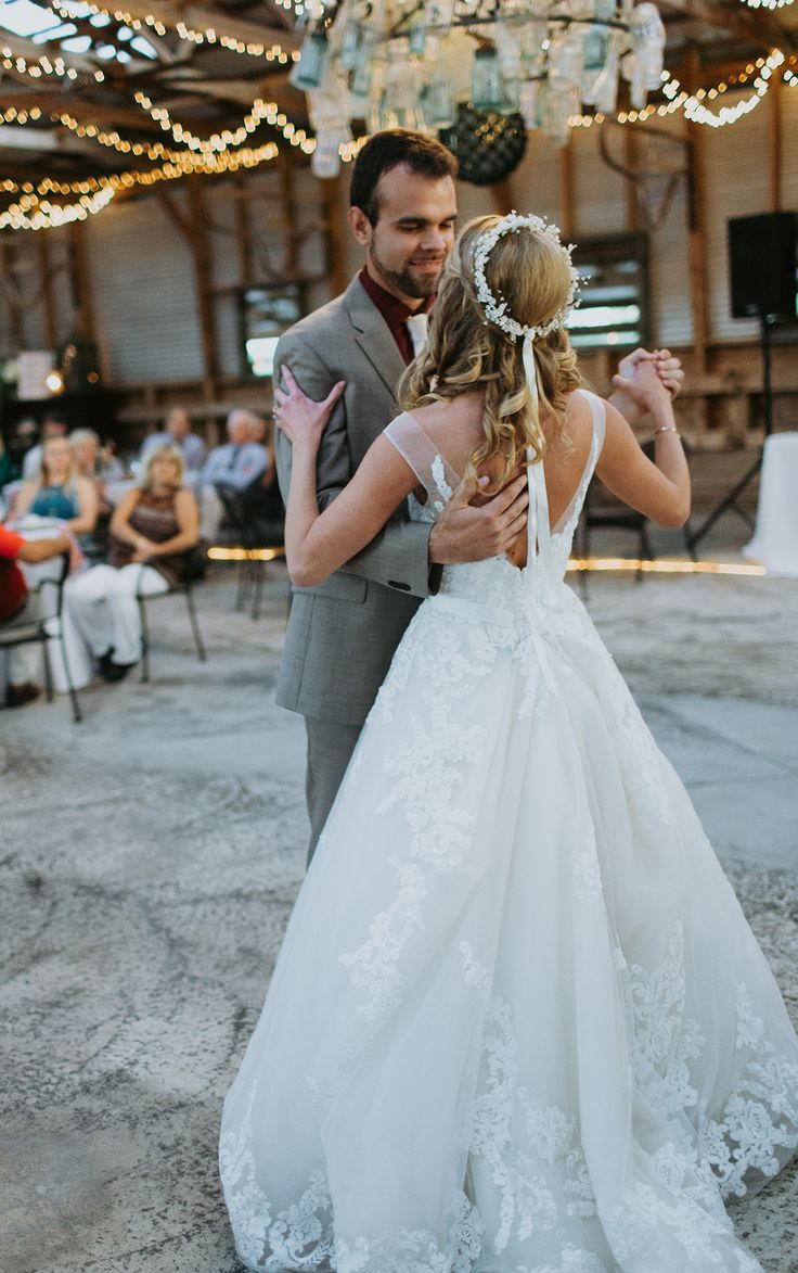 189 best Wedding: Gowns images on Pinterest | Short wedding gowns ...
