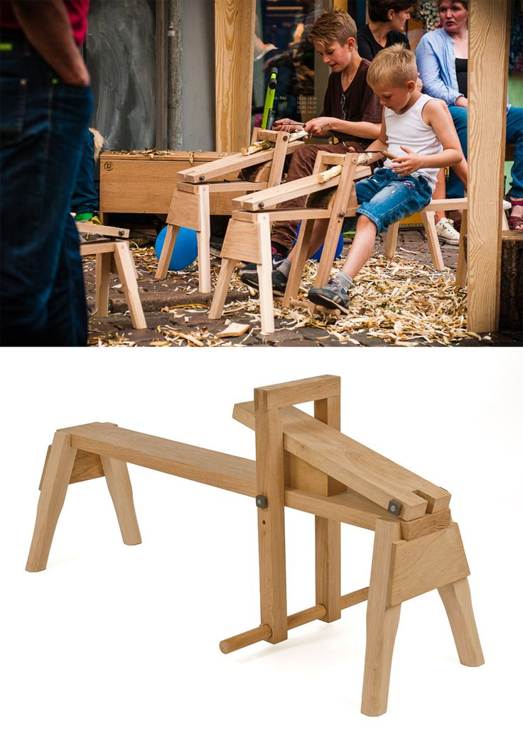 Snittebænk til børn og voksne. En god måde at introducere arbejdet med træ og kniv til børn. Udført i Eg og ask. Se dem på WWW.PALMELUND.EU ------- Shaving horse for kids and adults. Great way for kids to learn about carving in wood.