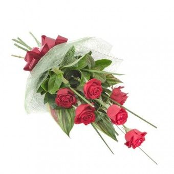 Phaet is a half dozen of #lovely #red #roses in a hand bouquet.