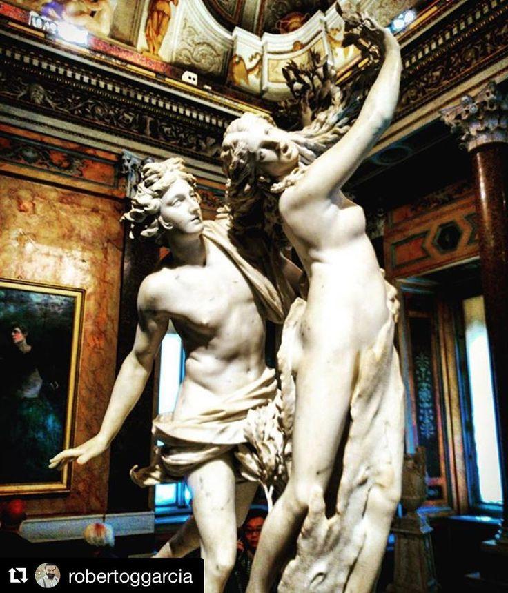 Conocéis el mito de Apolo y Dafne?  #Repost @robertoggarcia  Oye Apolo que si Dafne dice que no es que no. #noALAViolenciaDomestica #Respecther #respect #respeto. El Barroco está a todos los niveles por encima de todos los demás movimientos artísticos. #arte #art #sculpture #escultura #bernini #dafne #beardedvillainsspain #barroco #niundiasinbarroco #villaboghese #galleriaborghese #roma #romacapitale
