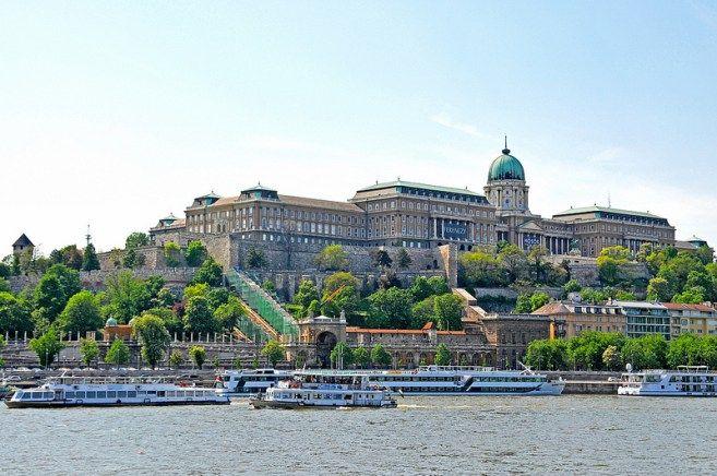 Buda Castle - Dennis Jarvis - Flickr