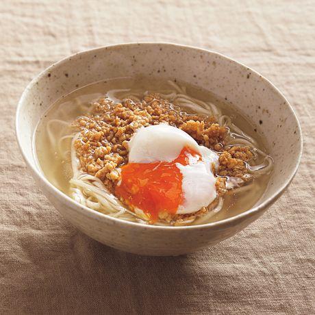そぼろ月見うどん | 広沢京子さんのうどんの料理レシピ | プロの簡単料理レシピはレタスクラブネット