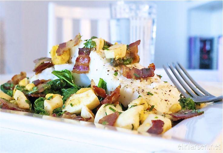Bakt torskefilet med pancetta bacon, egg og spinat