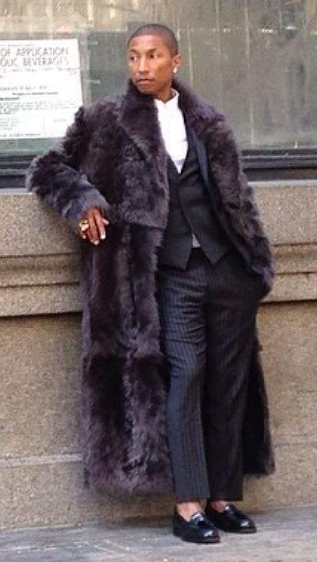 #PharrellWilliams wearing fur coat