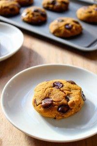 Vegan Chocolate Chip Pumpkin Cookies | www.asaucykitchen.com