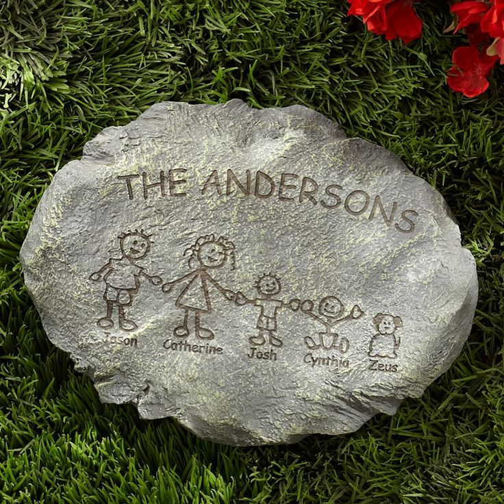 Family step stone diy step stones pinterest father 39 s - Personalized garden stepping stones ...