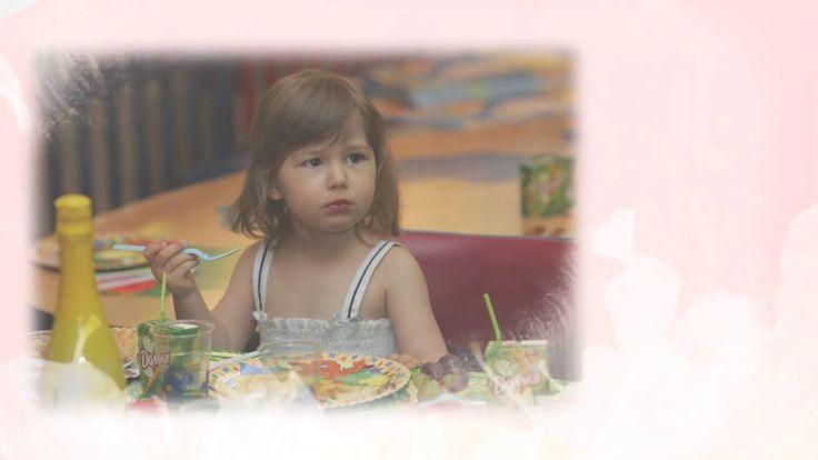 """Встречайте слайд-шоу №4 - """"День ребёнка"""" - год 2007-й.  Мы постарались сделать слайд-шоу максимально трогательным, стильным и таким детским.  Что Вы думаете?  Фотоальбом с архивом фотографий вы найдёте на нашей странице Спортивная Лига Спорт-Тэк - https://www.youtube.com/watch?v=1F_mJsTm0vE"""