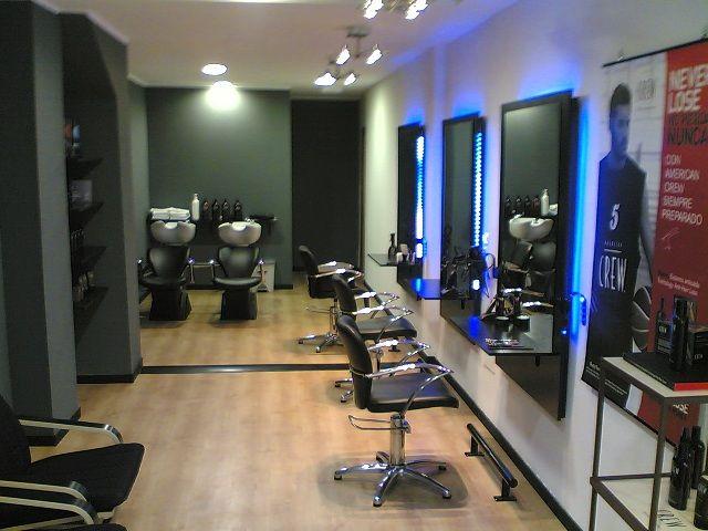 Mobiliario productos y complementos de peluqueria y - Esteticas decoracion interiores ...