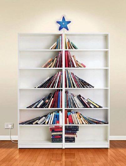 Un sapin de Noël original ! Joyeux Noel à tous http://www.15heures.com/photos/qkLa?utm_source=SNAP #LOL