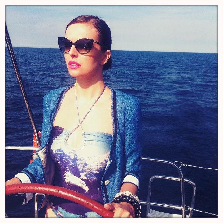 """Za kulisami sesji Anny Wendzikowskiej do sierpniowego """"InStyle'a"""". Zdjęcia: Gosia Urbańska. http://www.facebook.com/InstylePolska"""