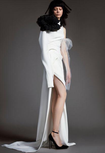 Robes de mariée Vera Wang 2018 : une collection atypique et totalement différente Image: 5
