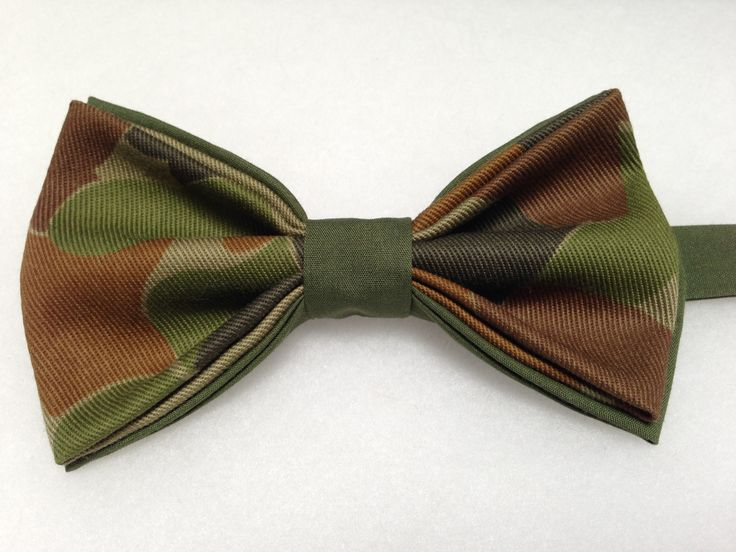 Camouflage Bow Tie - Green