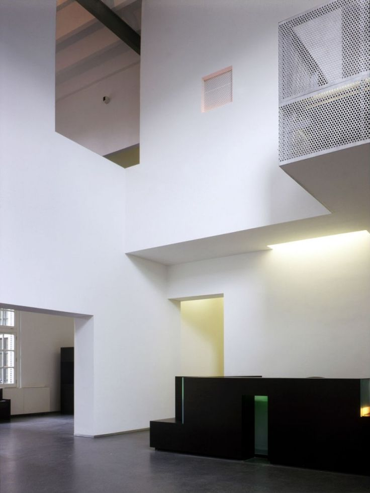 Flashback sarphatistraat offices steven holl architects for Woodworks design office 9
