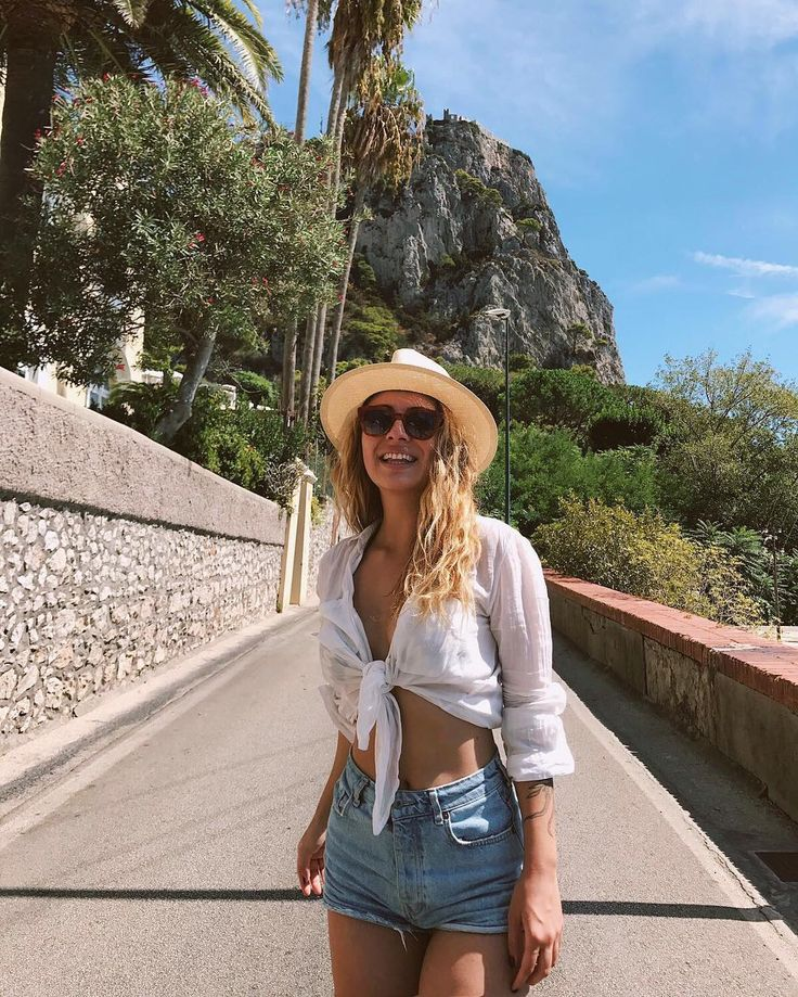 Island life😌☀️🏝 #capri