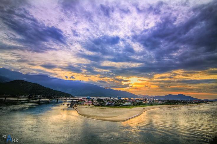 Lang Co (par Alex TM). En savoir plus: http://www.amica-travel.com/vietnam-sites-a-decouvrir/plages