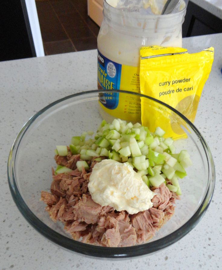WHY NOT?  - green apple and curry for the best tuna sandwich ever!
