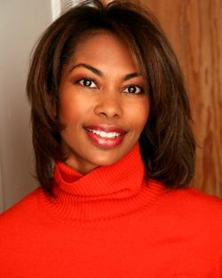 Harris Faulkner- she's at Fox but she is a good reporter/ news reader.
