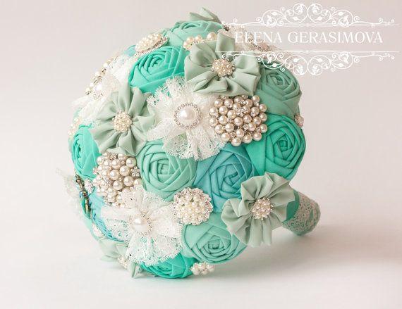 Brosche Bouquet. Elfenbein blau Mint Stoff Bouquet von feltdaisy