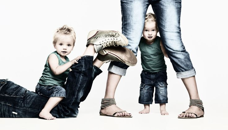 In het portfolio Portret kind krijgt u een indruk van het resultaat van een kinderportret gemaakt in onze fotostudio. Henk van Kooten Fotografie, Wijchen.