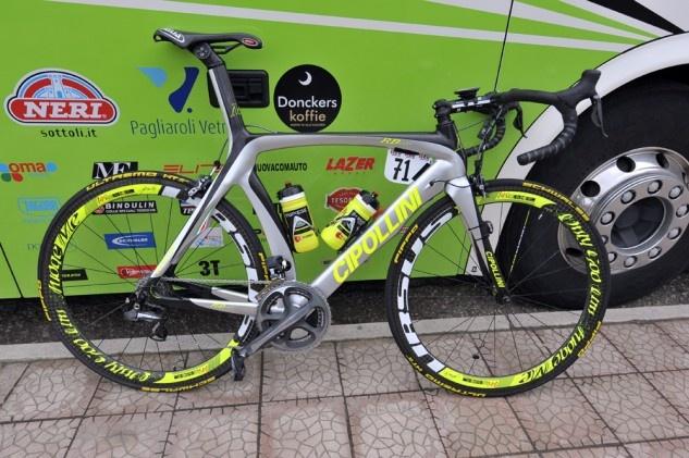 Giro pro bike: Filippo Pozzato's MCipollini RB1000