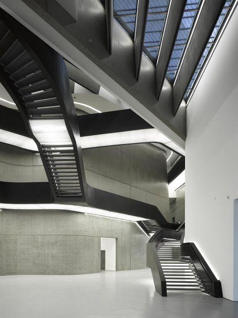 MAXXI Museo dell Arti del XXI secolo (Roma - ITALY) Zaha HADID ~ karmArchitettura