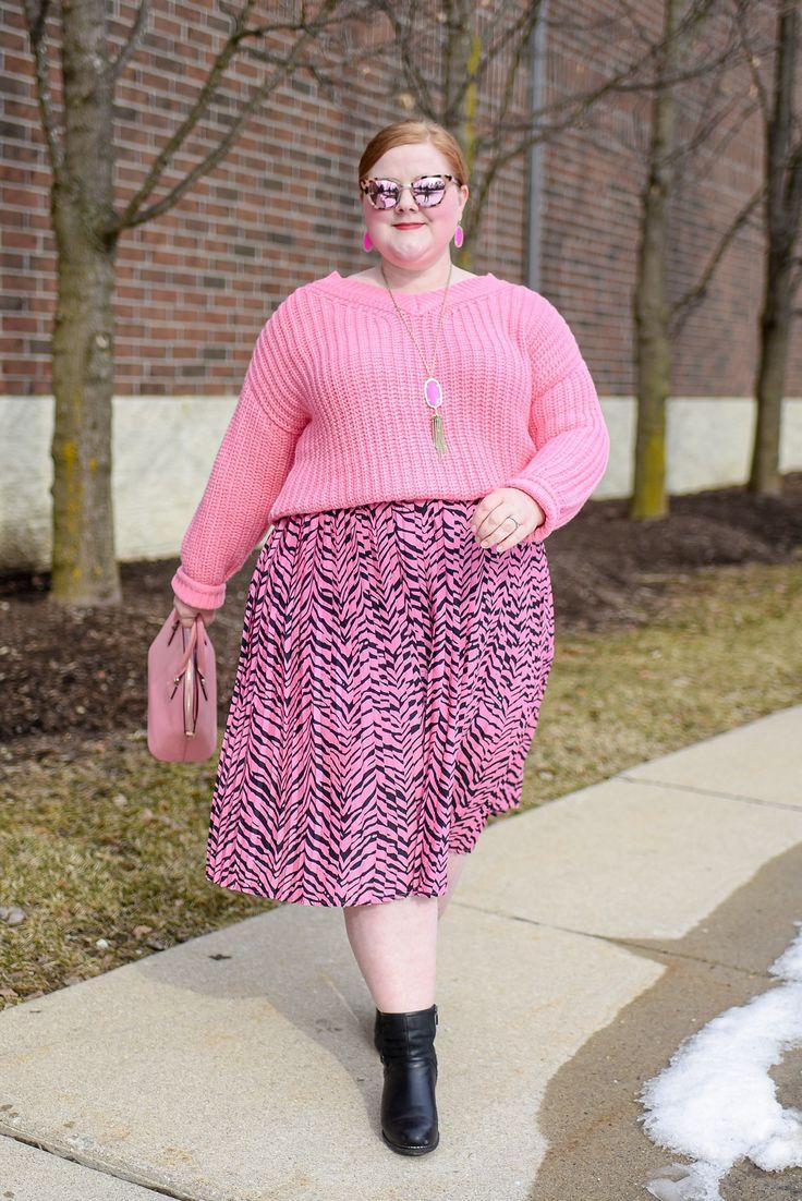 Monochrome Outfit, Monochrome Fashion, Pink Fashion, Outfits Plus Size, Plus Size Skirts, Winter Skirt Outfit, Pink Outfits, Plus Size Fashion, Hot Pink