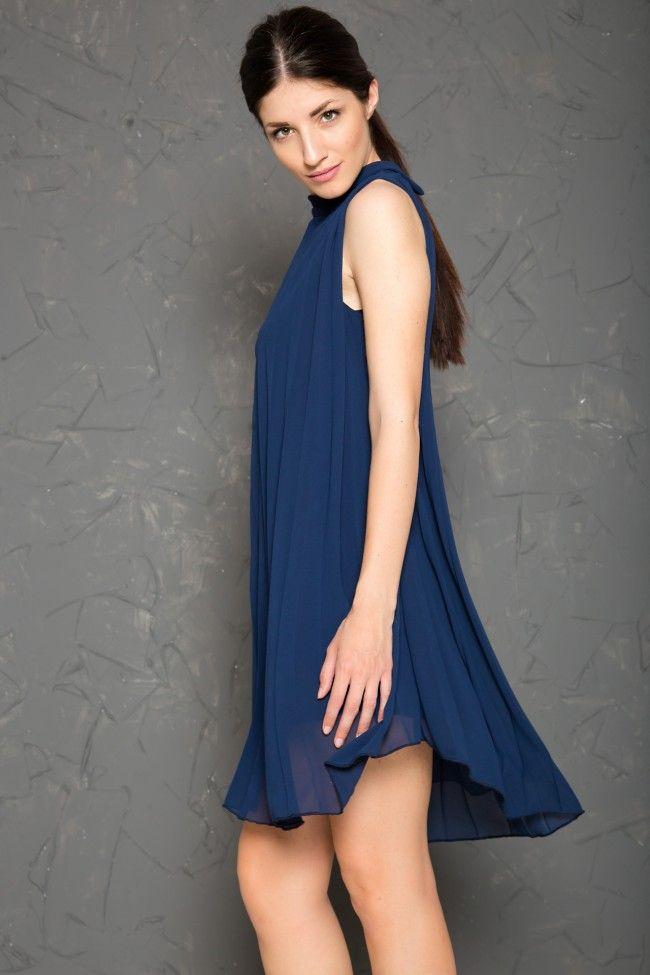 Sleeveless Dark Blue Plisse Dress