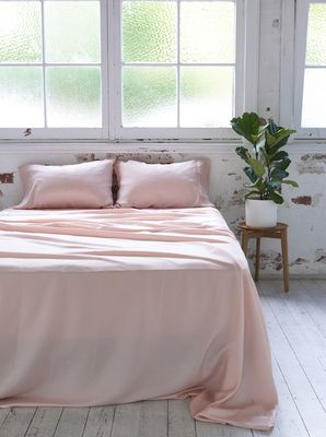 Ettitude Organic Bamboo Lyocell Daydream Sheet Set   Cloud Pink