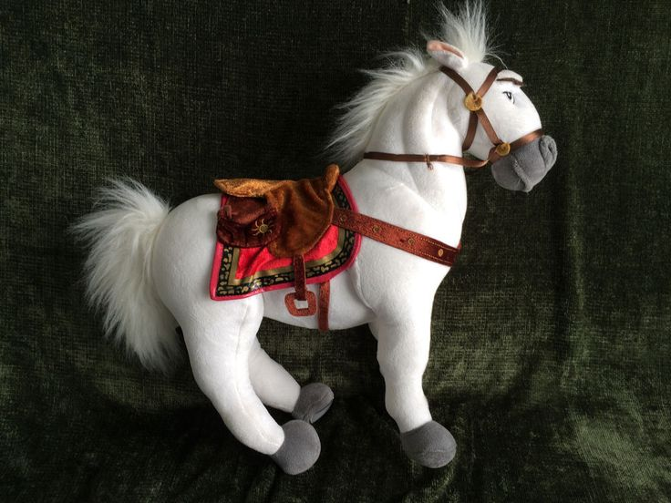 Disney Store Maximus Horse from Tangled Rapunzel NWT 100% Complete Very Good #TheDisneyStore