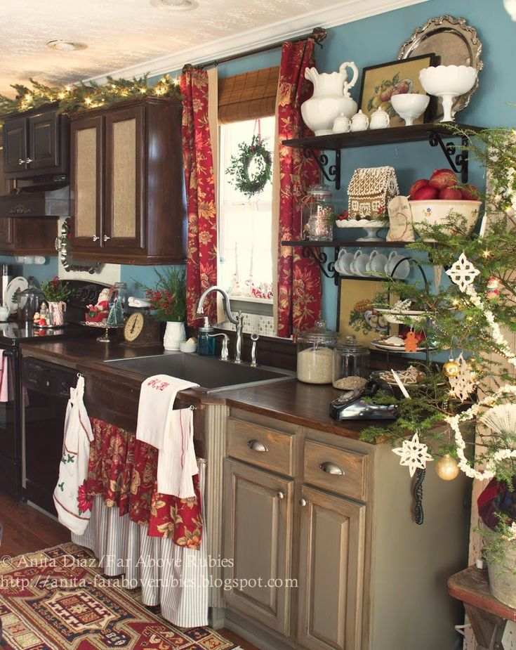 Far Above Rubies: Merry Christmas farmhouse Kitchen
