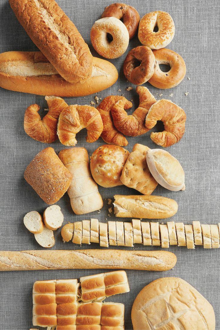 Un pain frais pour chaque membre de la famille: des bagels aux baguettes françaises, nos boulangeries préparent une variété de produits frais chaque jour! #PainFrais #PlancheÀPain #ciabatta #baguette #PainDeCampagne #9grains #croissants #bagels