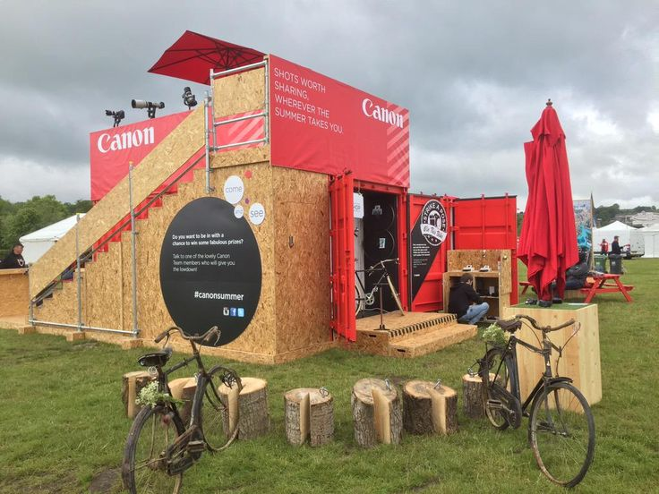 Come and see @CanonUKandIE at @EroicaBritannia. The sun is shining and the stand looks amazing.