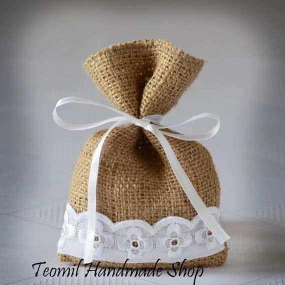 "SET OF 25 Natural Rustic Burlap Wedding Favor Bag or Gift Bag 4"" x 6"" with flowers"