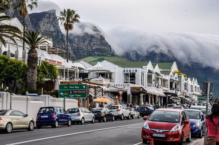 Camps Bay - Cape Town hotels, South Africa. 3 on Camps Bay is perfectly located to enjoy Camps Bay main road by foot.