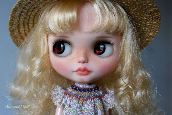 Vyhrazeno pro Katherine - zakázkový OOAK Blythe panenky, jedinečné umělecké panenky podle AlmondDoll