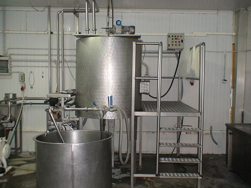 A complete pasteurizer unit for cheese and yoghurt production