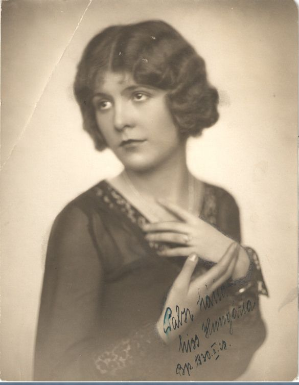1930. Pabsz Mária, Miss HungáriaSzékely Aladár fényképész Budapest Váczi ucca 18.