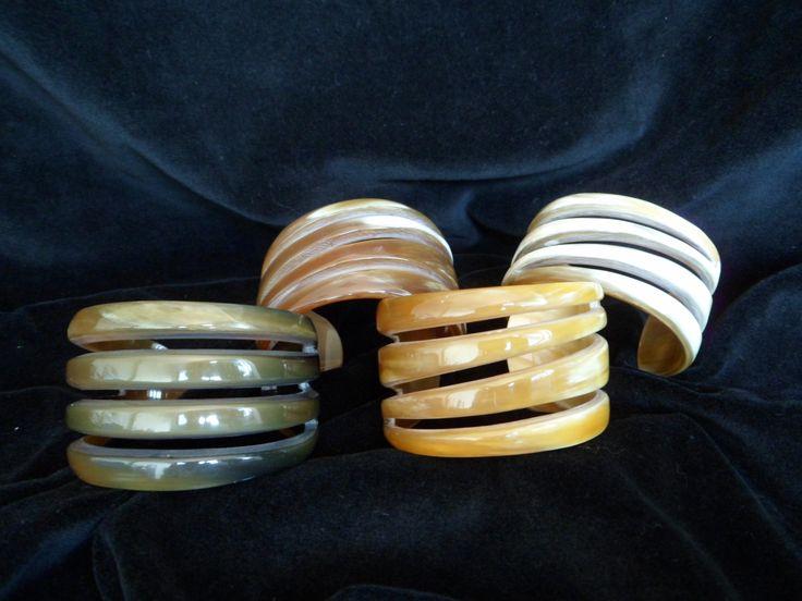 Horn Bracelets. http://easy-online.it/it/categoria-prodotto/bracciali/