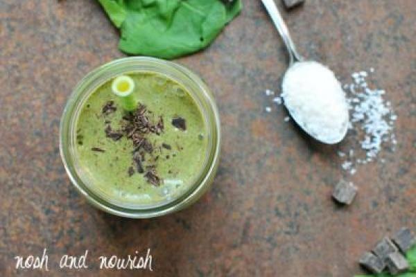 Back-to-School Menu + {Almond Joy Green Smoothies} | Nosh and Nourish