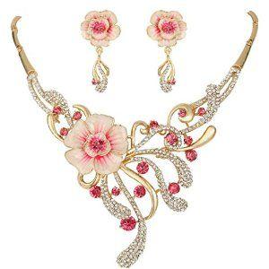 This is too cute!  #Spring #Hibiscus #Flower #Jewellery #Set #krissylovesbling #fashion #blingiton #glamorous