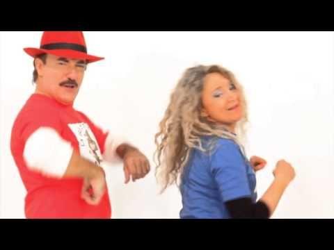 Saludar las Manos - La Brujita Tapita - Brujicanciones - YouTube