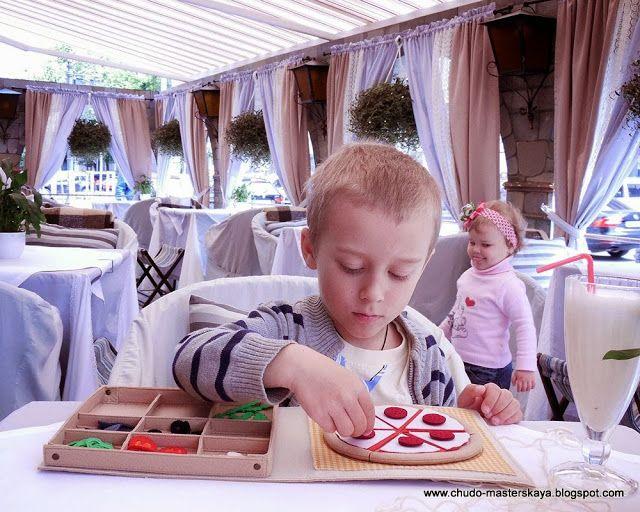 Чем занять ребенка в ресторане