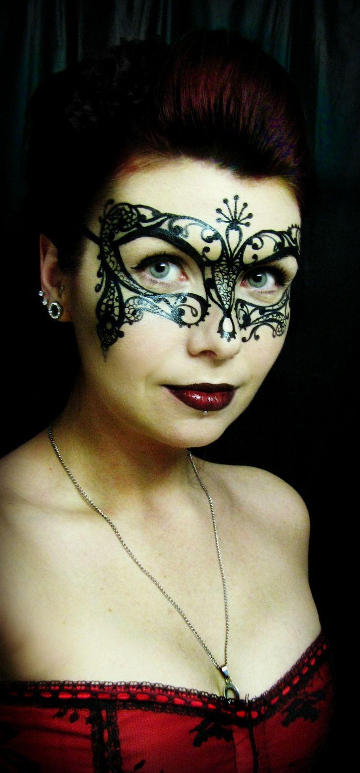 Best 20+ Masquerade mask makeup ideas on Pinterest   Masquerade ...