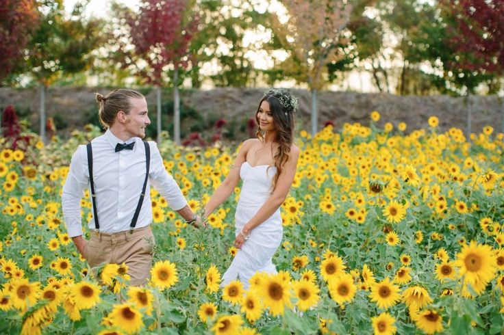 A full time Australian wedding photographer and father of three Michael Briggs of Michael Briggs Photography knows a thing or two about family life and how to take amazing photos. Based in the Yarra Valley, you can find more of his work via WedShed.    #Australian #wedding #photographers #victoria #yarravalley #michaelbriggsphotography #sunflowers