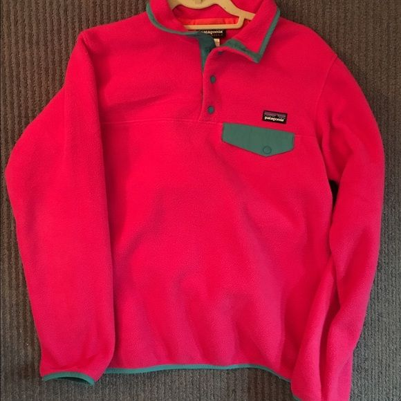 Patagonia Snap T Pullover Hot pink and teal. Hardly worn. Great condition. Patagonia Jackets & Coats