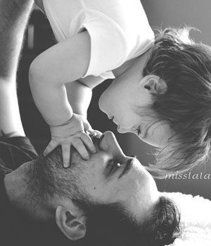 10 Adorable Pictures of Dads and their Children