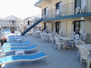 Spacious+one+bedroom+condo+one+block+from+the+boards!+++Vacation Rental in South NJ Shore from @homeaway! #vacation #rental #travel #homeaway