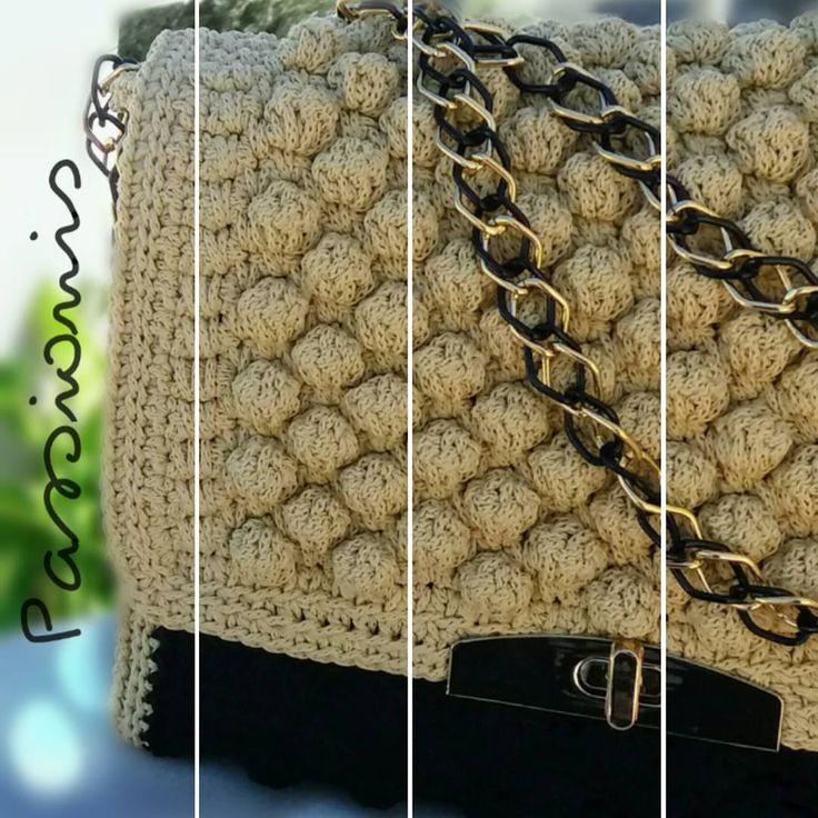 "Passionis handmade accessories (@passionis_handmade_accessories) στο Instagram: ""Λατρεμένα bubbles...❤❤ #crochetbag #handmade #shoulderbag #madeingreece #fashionaccessories…"""